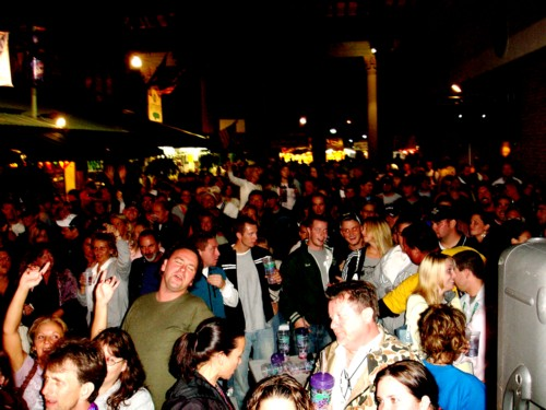 http://www.davehawthorn.com/Fair2006/site/Fair37.jpg